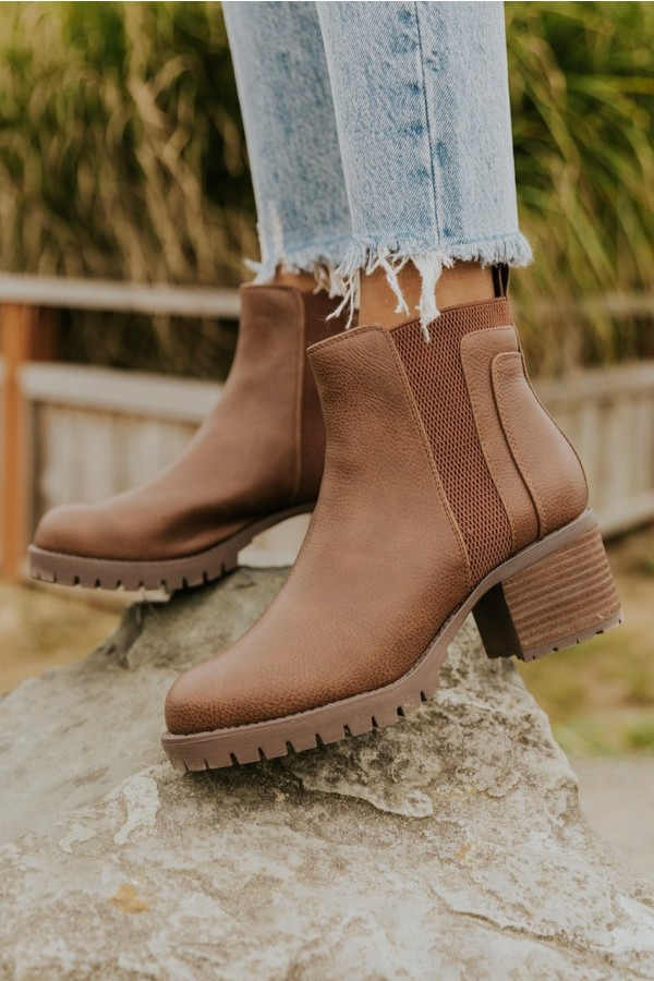 Leather Colten Boot